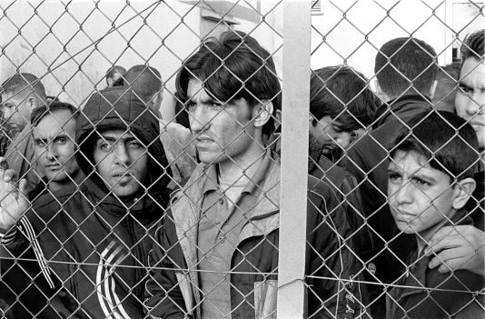 Immigrants_in_Fylakio_detention_center_Thrace_Evros_Greece_restored